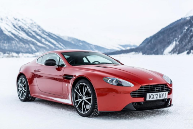 Aston Martin On Ice  19 HQ Photos    The Roosevelts